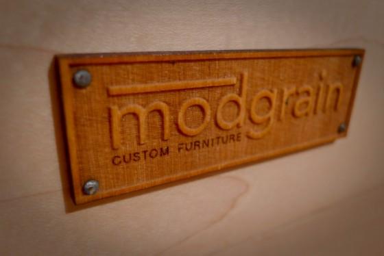 modgrain-nameplate-2
